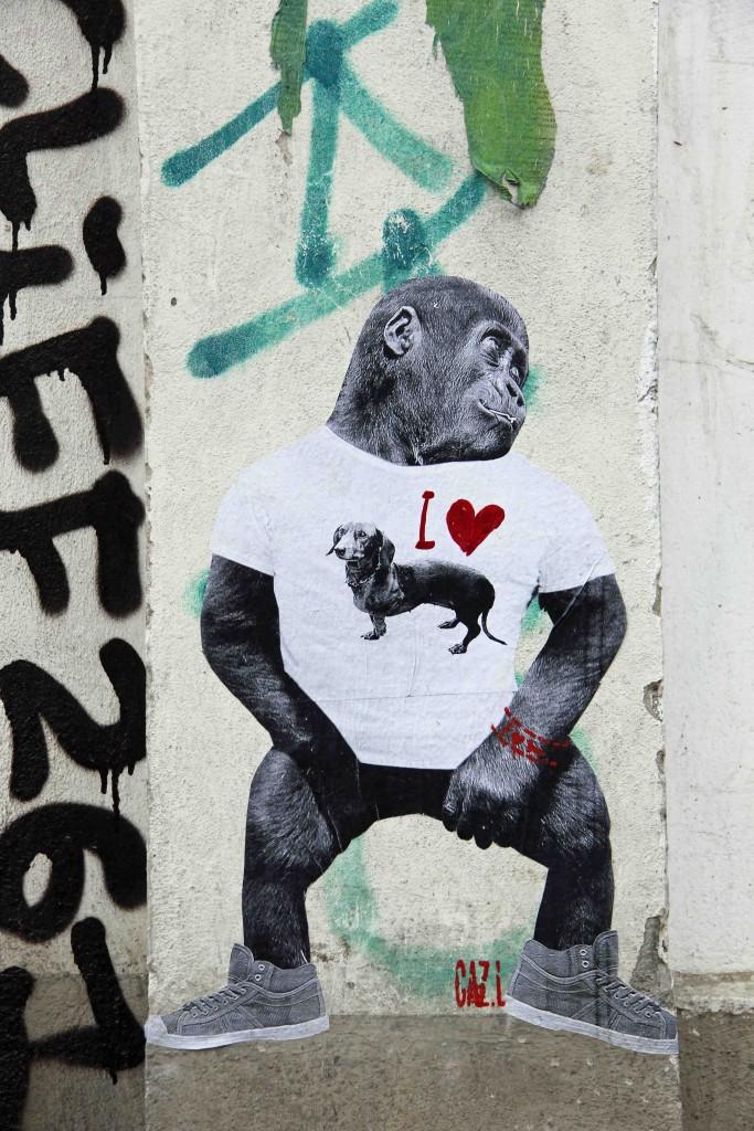 Dog Lover - Street Art by CAZ.L in Berlin