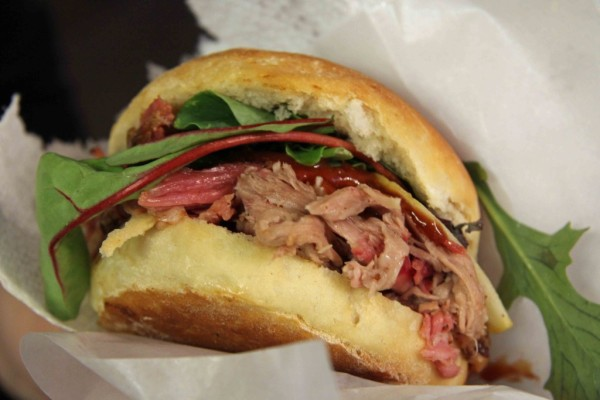 rp_Pulled-Pork-Sandwich-at-Big-Stuff-Smoked-BBQ-Berlin-1024x683.jpg