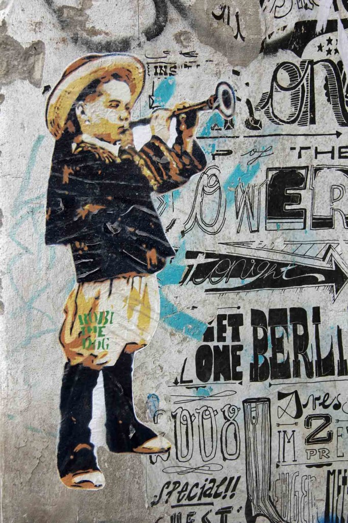 Mariachi Boy - Street Art by Robi The Dog in Berlin