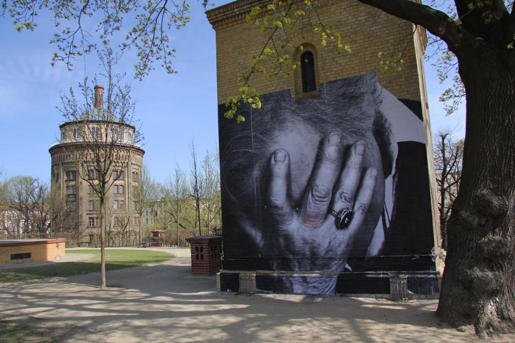 JR - Wrinkles of the City Berlin 14