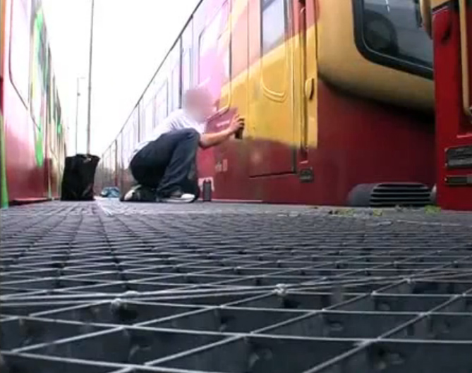 UNLIKE U - Trainwriting in Berlin (screenshot from the film)