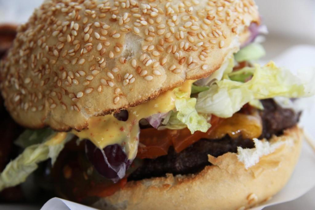 Chilli Cheeseburger at Schiller Burger Berlin Close-Up