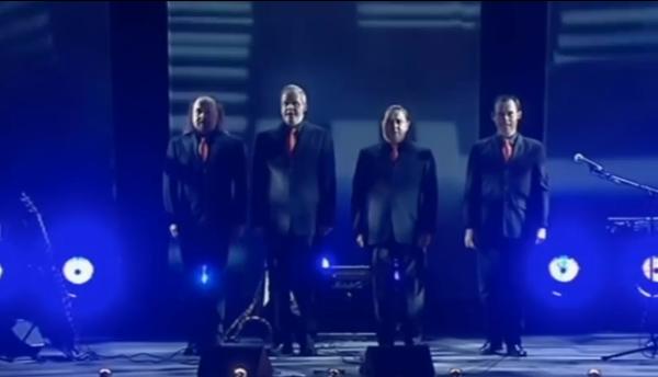 Bill Bailey Tribute to Kraftwerk - Still from Part Troll DVD