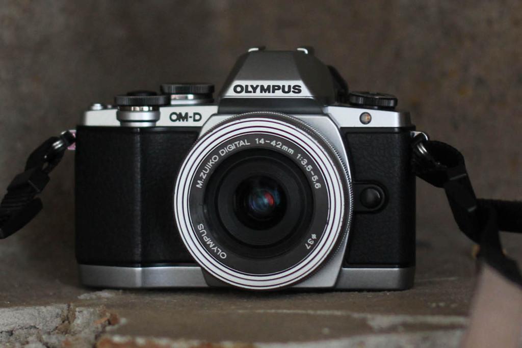 Olympus OM-D EM-10
