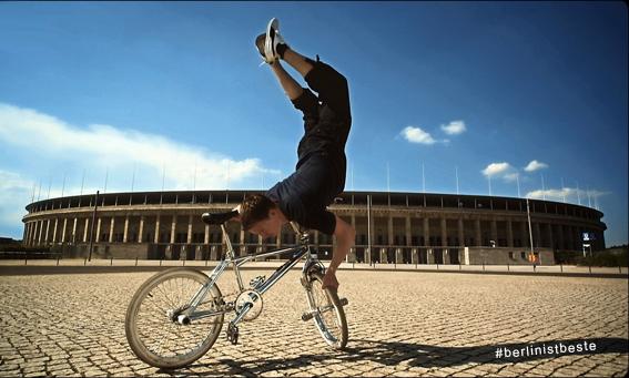 Die Berline Hymne - Berlin ist Beste - BMX Handstand
