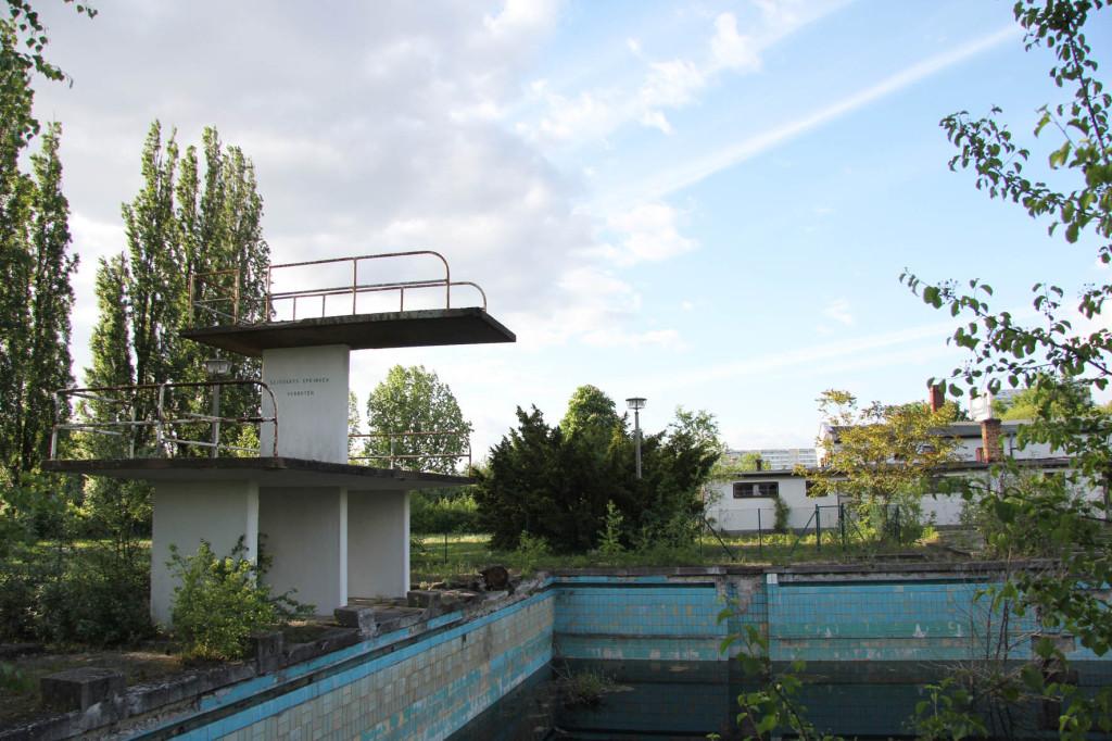 BVG Freibad (also BVB Freibad) an abandoned swimming pool on Siegfriedstrasse in Berlin Lichtenberg