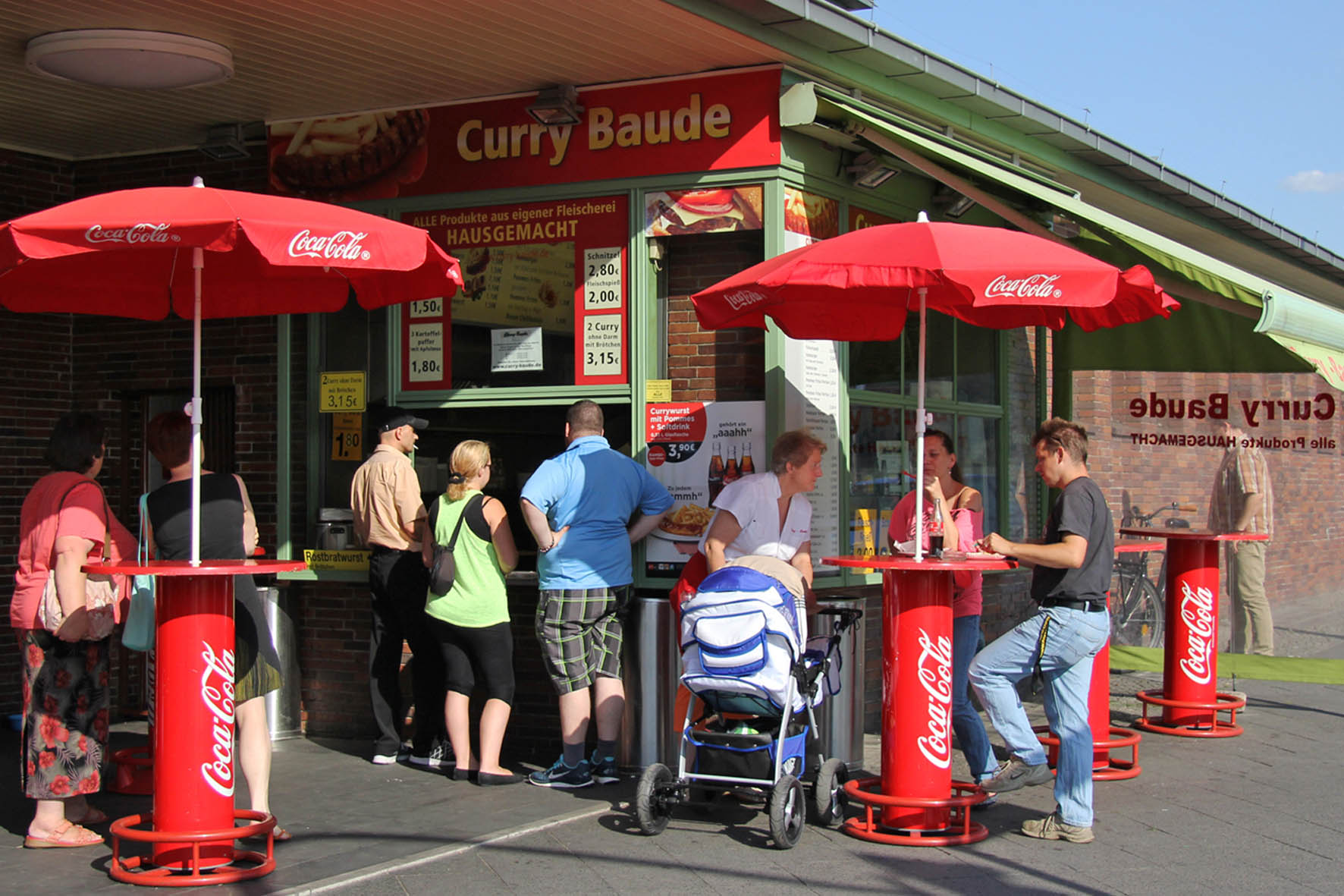 Curry Baude Currywurst Kiosk in Berlin Gesundbrunnen