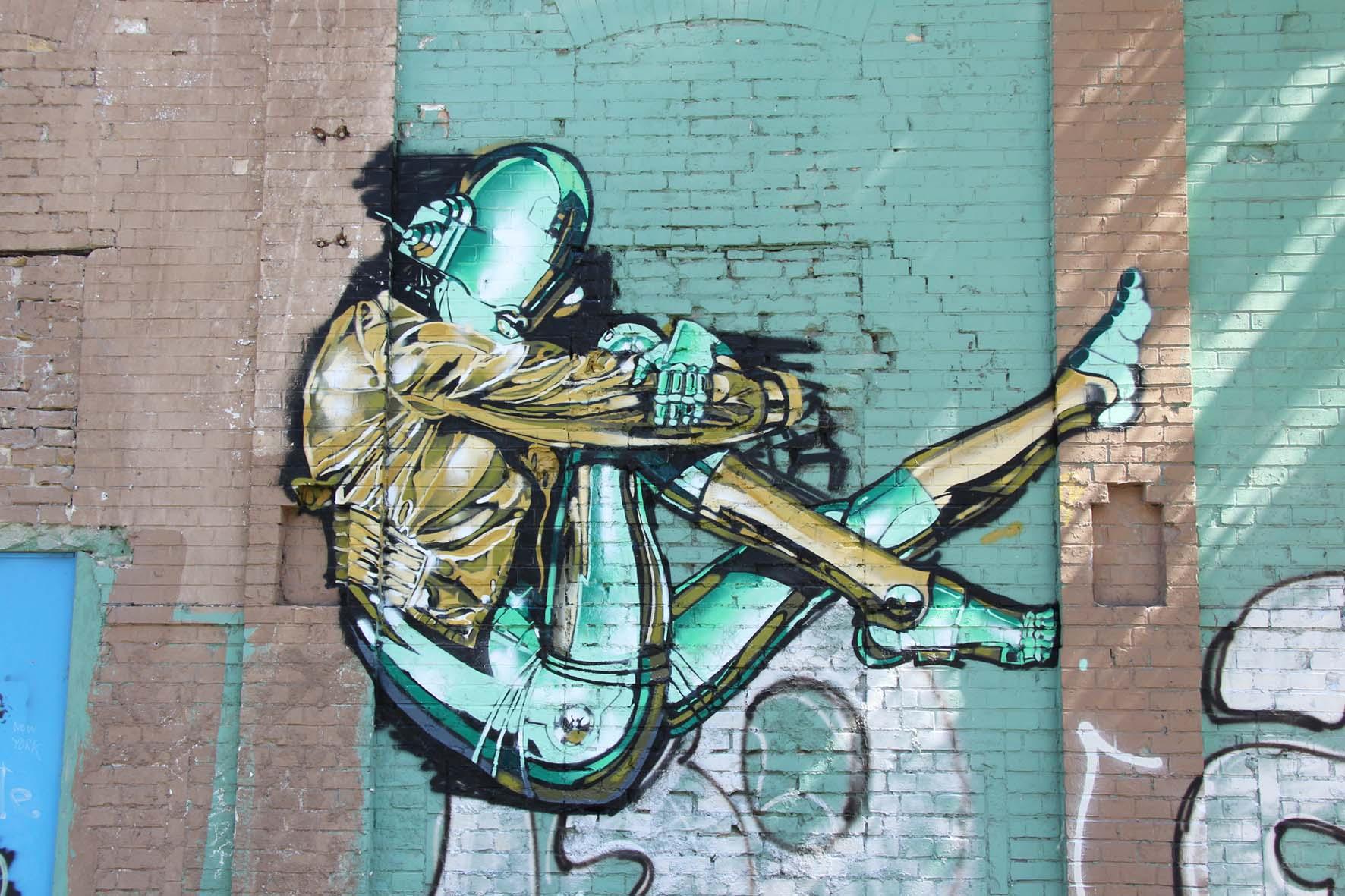 Berlin street art vol 13 various artists andberlin for Daft punk mural