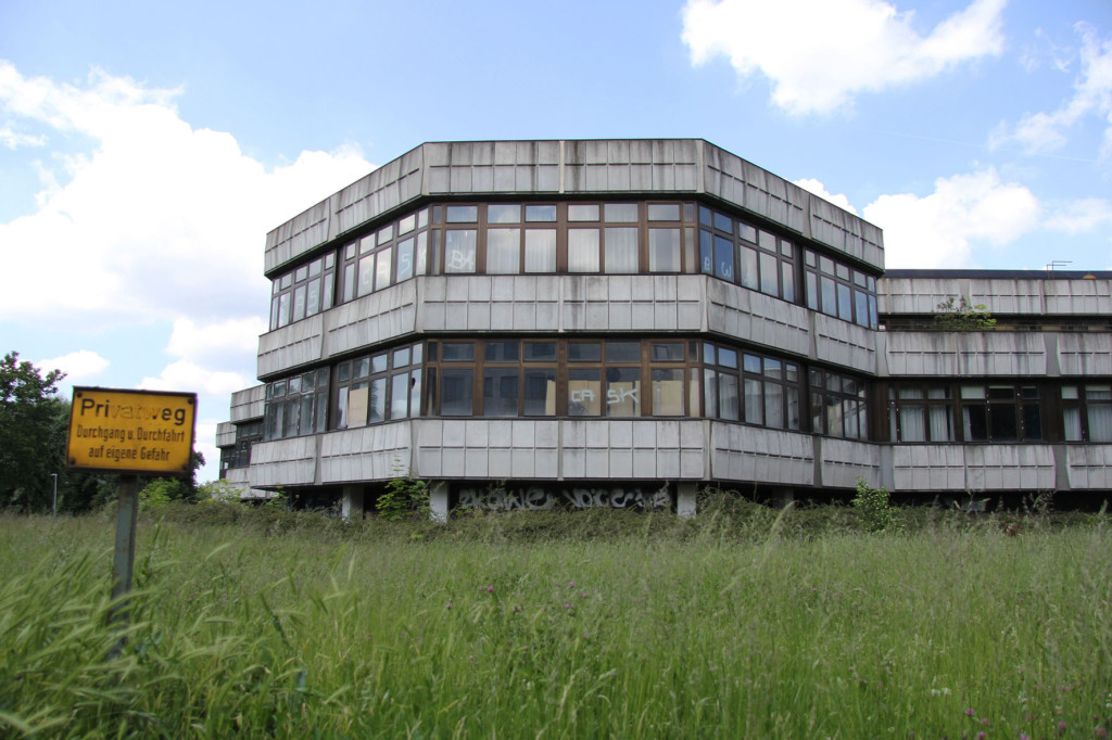 Kongresszentrum des Sportforums Berlin - an abandoned conference centre in Hohenschönhausen Berlin