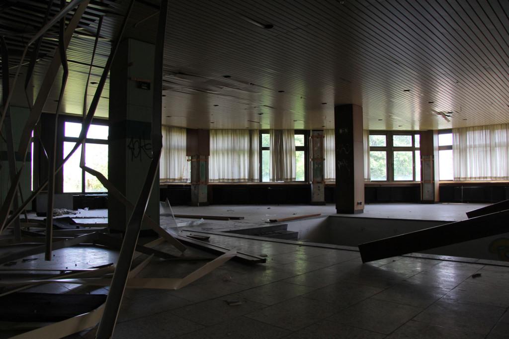 Kongresszentrum des Sportforums Berlin - an abandoned conference centre in Hohenschönhausen Berlin