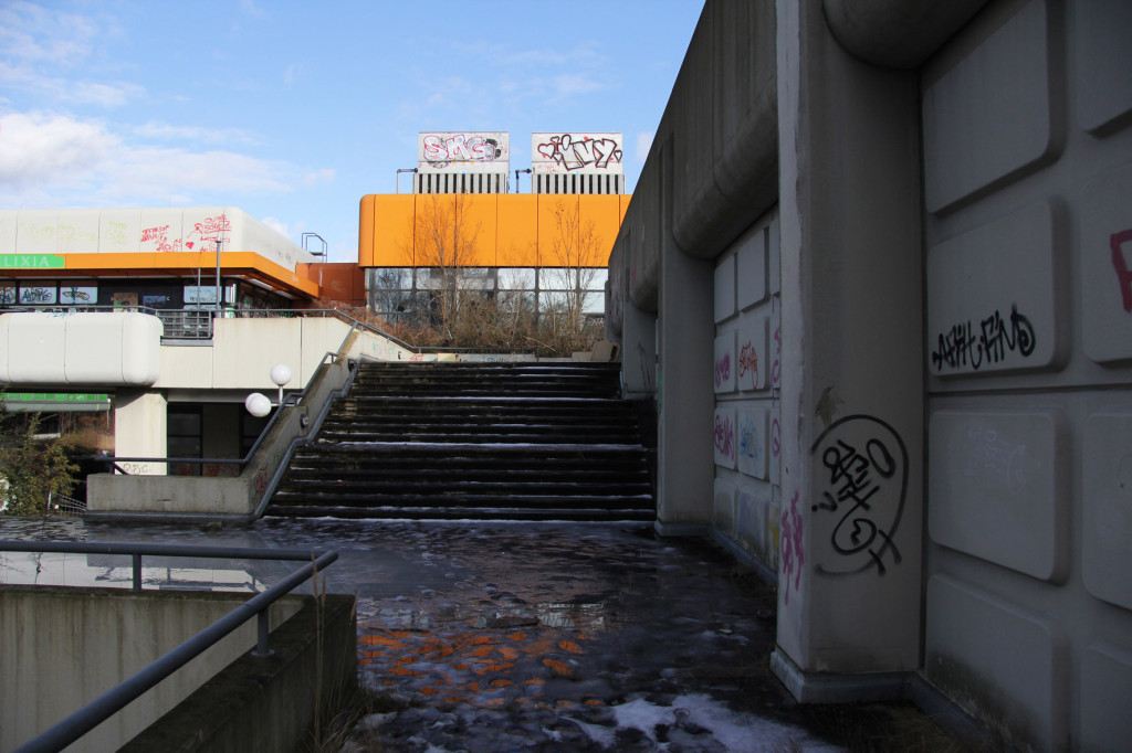 Outside Shot at Einkaufszentrum Cité Foch - an abandoned shopping centre in Berlin