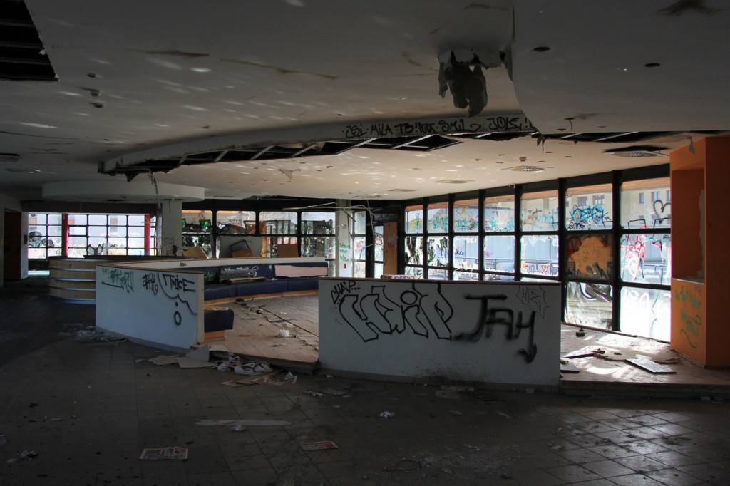 The Reception at Elixia Fitness Centre at Einkaufszentrum Cité Foch - an abandoned shopping centre in Berlin