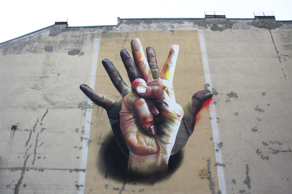 Unter Der Hand (Close Up) - Street Art by CASE (Maclaim) in Berlin