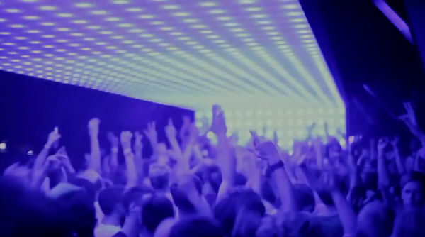 The Crowd and Lights at Watergate Berlin