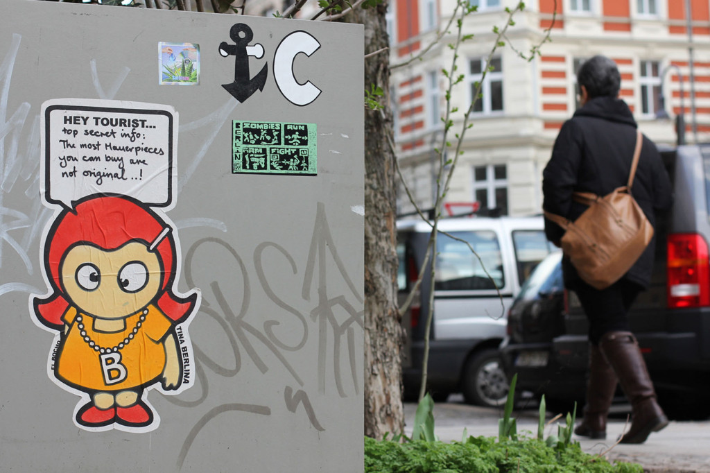 Tina Berlina - 'Top Secret Info' - Street Art by El Bocho in Berlin