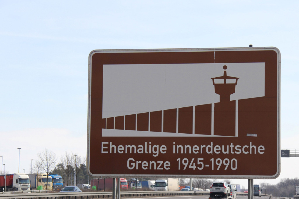 Former Inner German Border (Ehemalige innerdeutsche Grenze) Sign