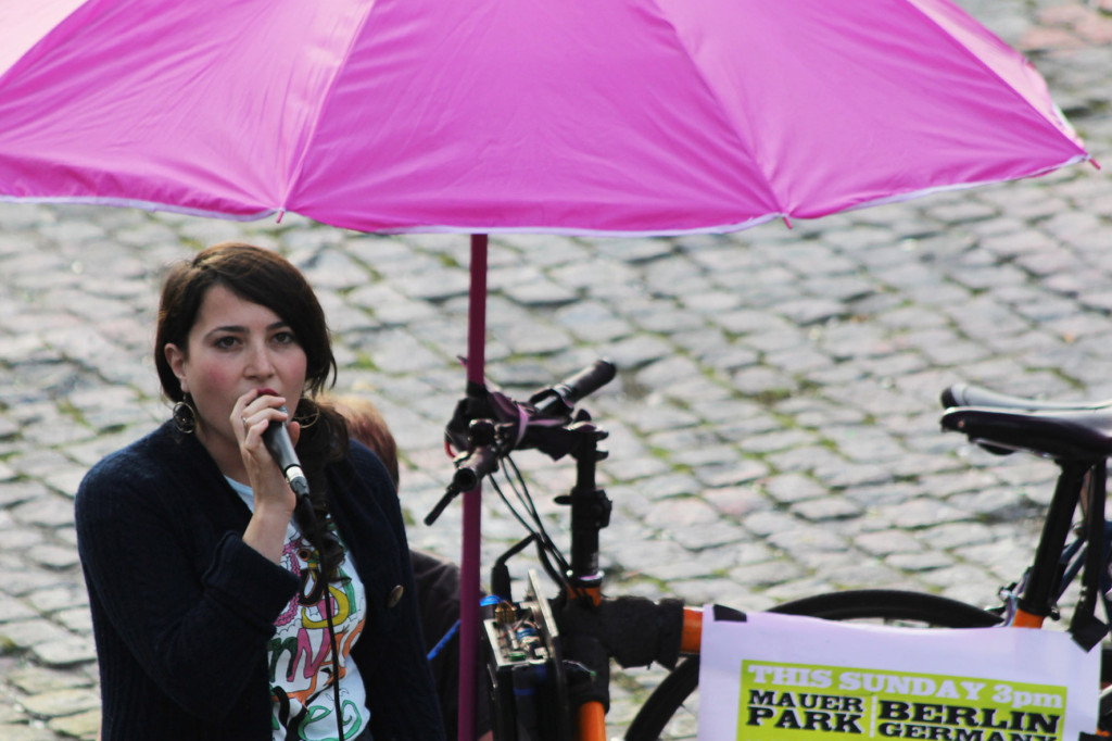 Irena from Italy sings at Bearpit Karaoke (Sonntags Karaoke im Mauerpark)