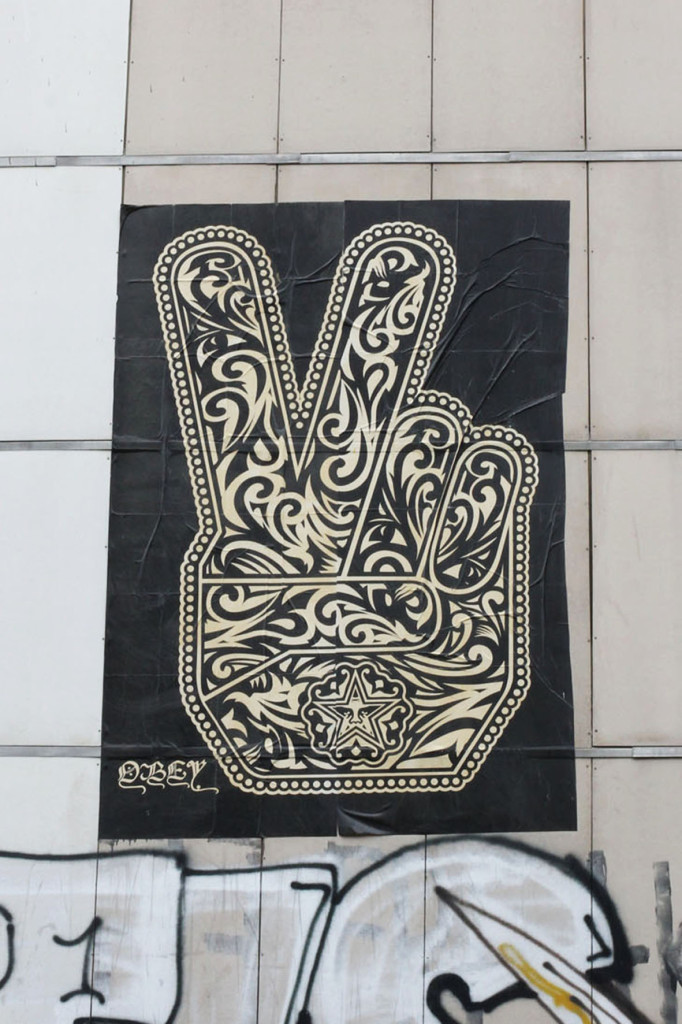 Obey V-sign - Street Art by Shepard Fairey (Obey the Giant) in Berlin