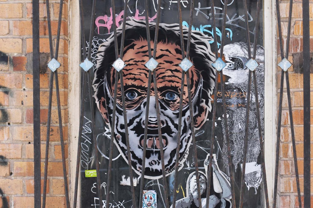Hannibal Lecter Behind Bars - Street Art by Pubberoner in Berlin