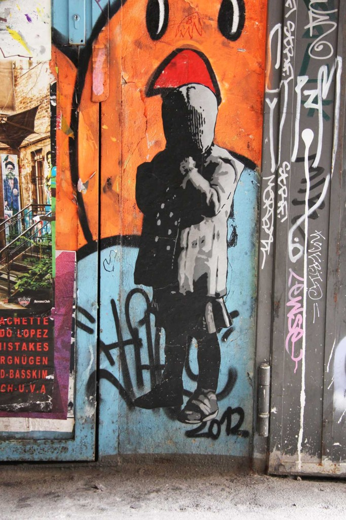 Hooded - Street Art by Negative Vibes in Berlin