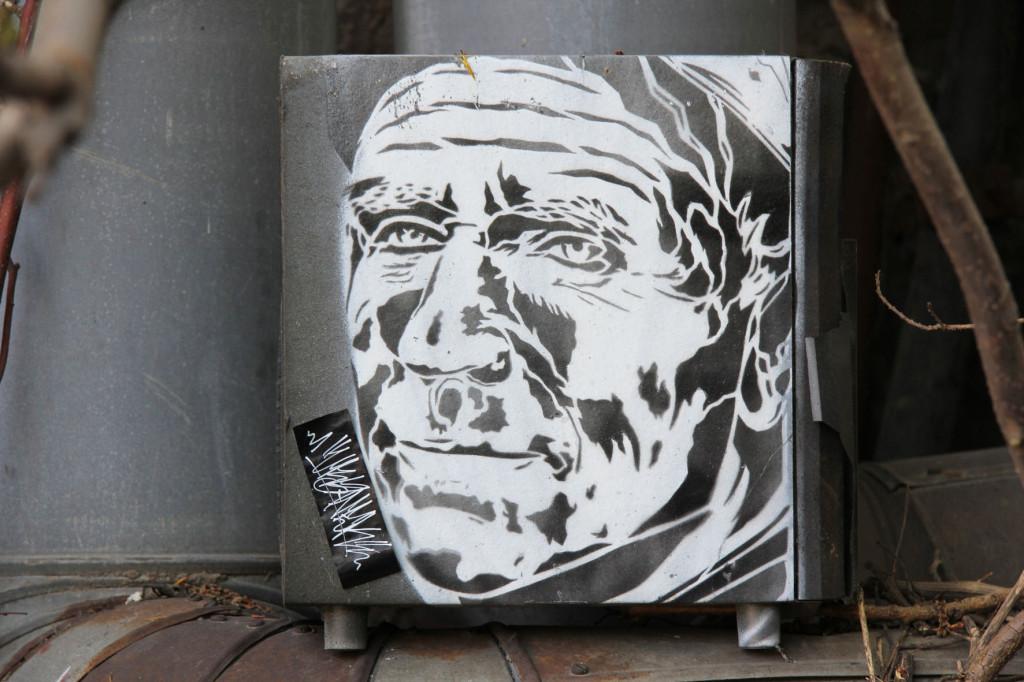 Old Man - Street Art by Unknown Artist in Berlin