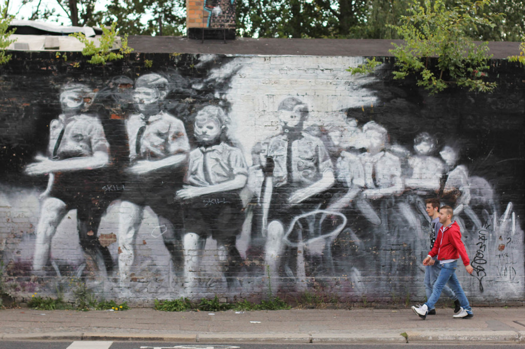 Street Art Meeting - Street Art by AXEL VOID in Berlin