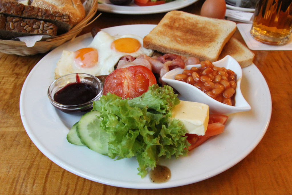 English Breakfast at Cafe Feuerbach in Berlin
