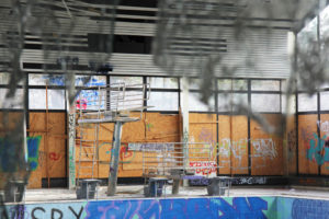 Franzosenbad – A swimming pool in a bad way