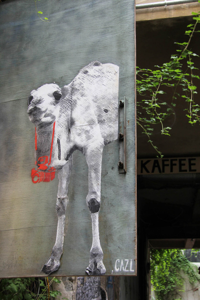 Camel - Street Art by CAZ.L in Berlin