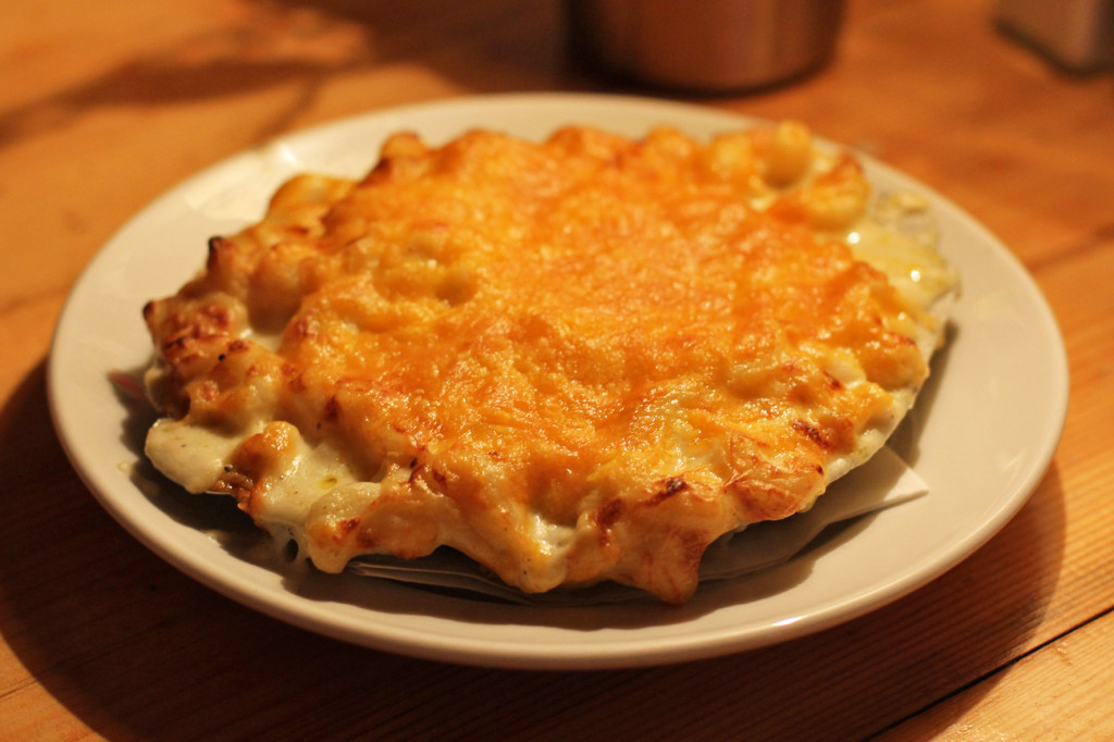 Mac and Cheese at MJ's Foodshop Berlin