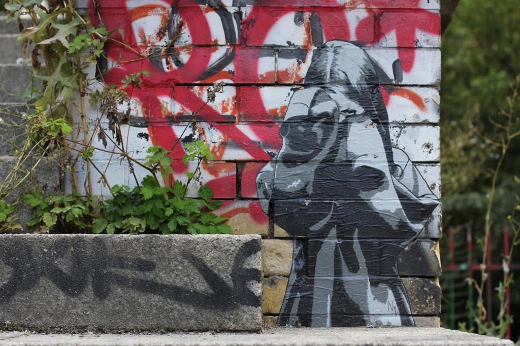 One-eyed Girl - Street Art by Negative Vibes in Berlin