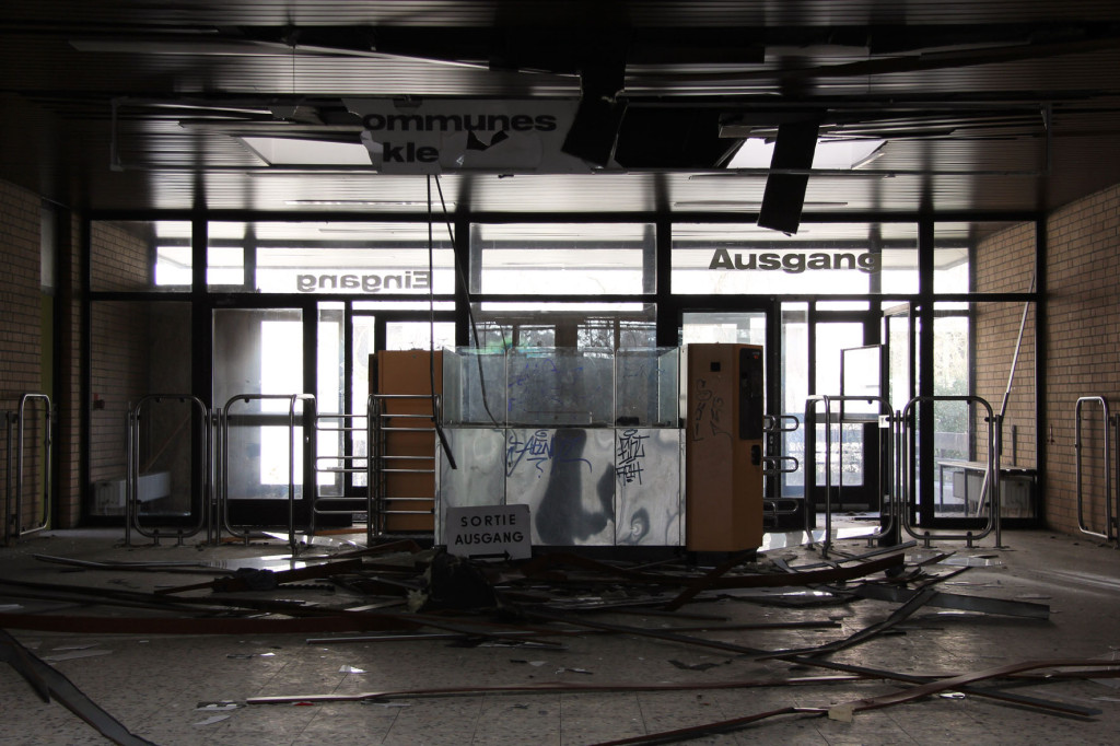 Reception Area at Franzosenbad Berlin - an abandoned swimming pool
