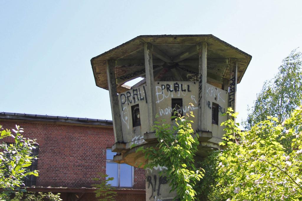 An abandoned DDR-era watchtower in Berlin Weißensee