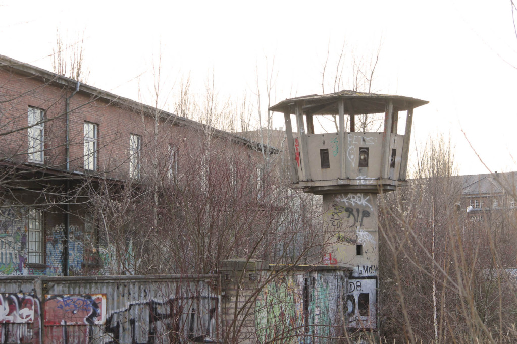 Abandoned Watchtower in Berlin Weißensee in February 2014