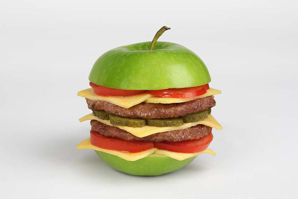 Apple Burger by Martin Roller