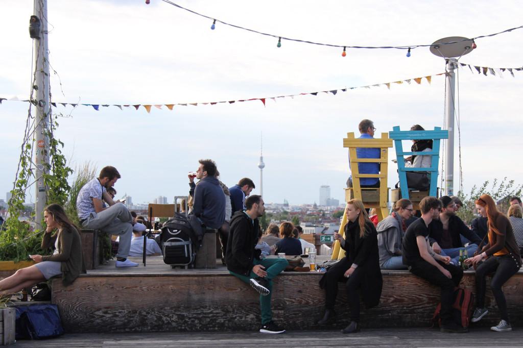 The Crowd and Skyline Klunkerkranich Berlin, a bar on the rooftop of the Neukölln Arcaden Shopping Centre