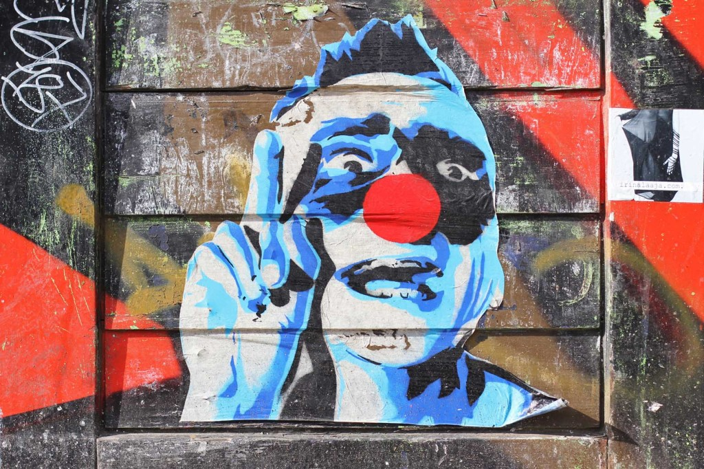 Victory - Street Art by MIMI The ClowN in Berlin
