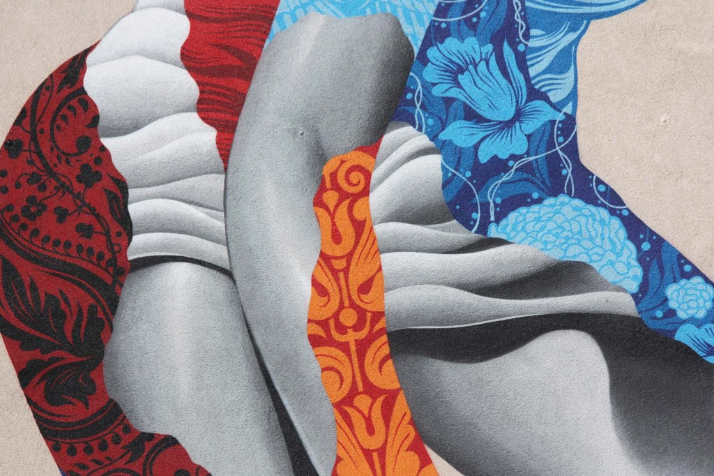 A close up from Attack of the 50 Foot Socialite a street art mural by Tristan Eaton at Am Friedrichshain 33 in Berlin