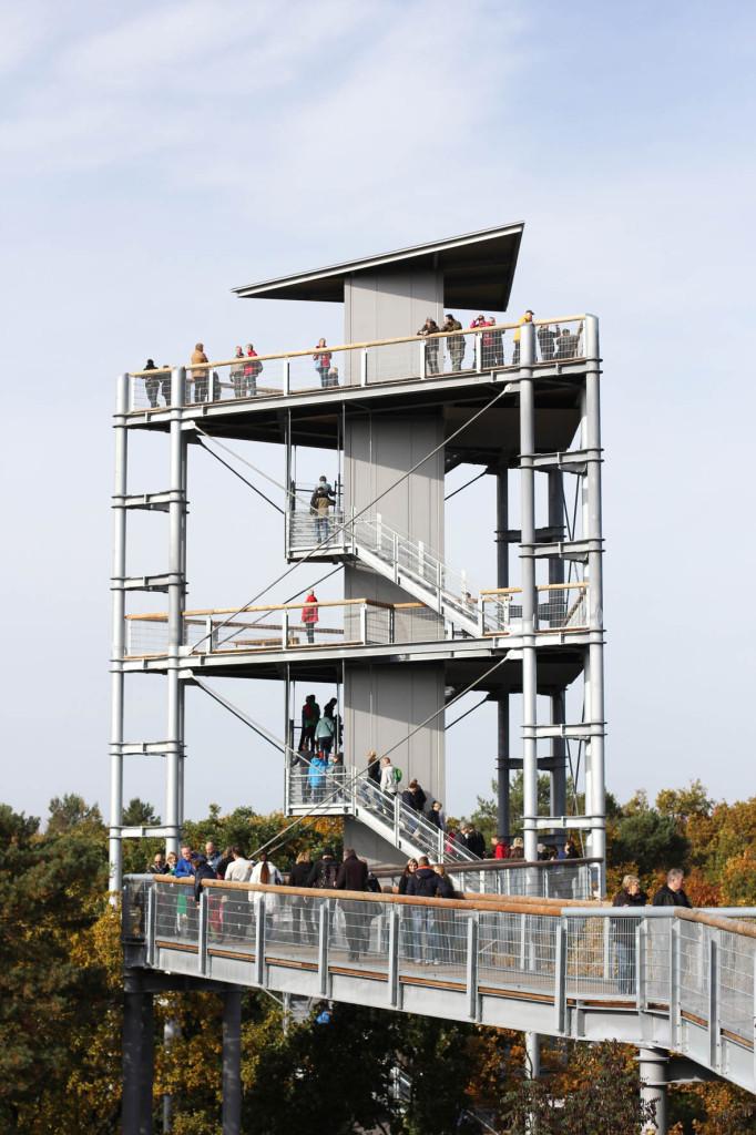 The viewing platform seen from the treetop walkway of Baumkronenpfad Beelitz-Heilstätten near Berlin