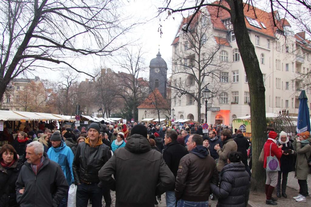 Alt Rixdorfer Weihnachtsmarkt - A Glühwein stand at Lucia Weihnachtsmarkt in der Kulturbrauerei - one of the best Berlin Christmas markets in Bohemian Berlin Neukölln