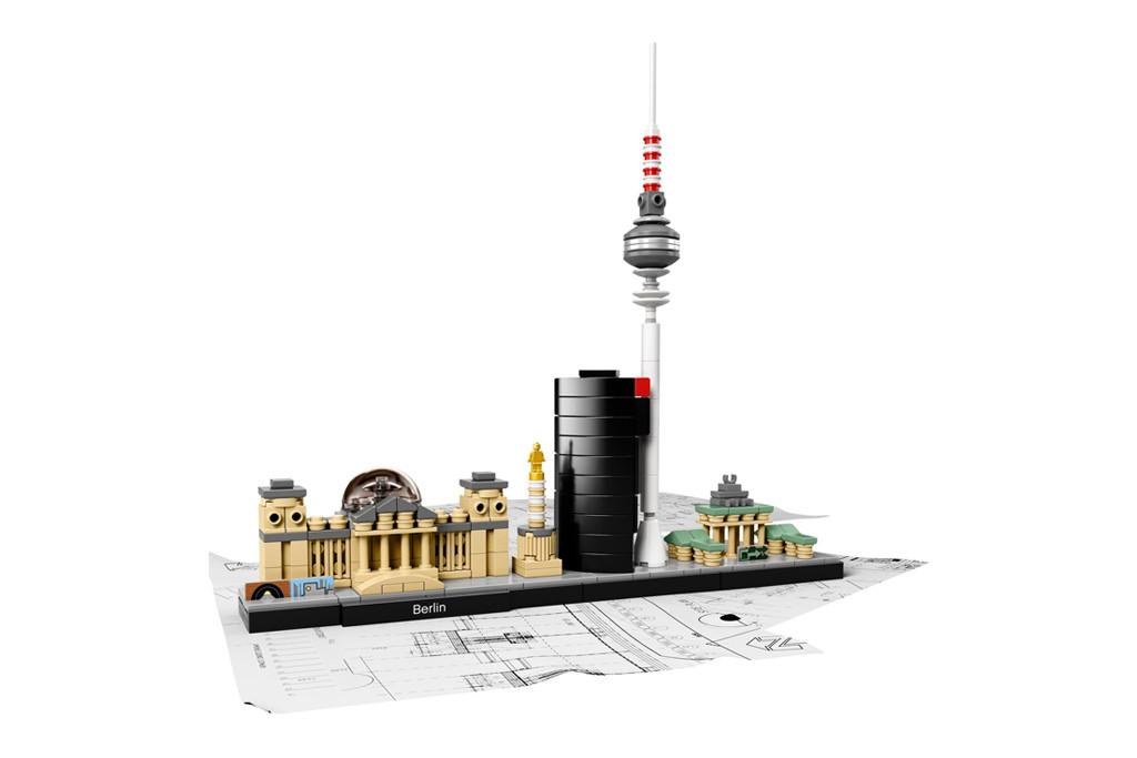 LEGO Architecture Berlin Cityscape 21027 - © LEGO