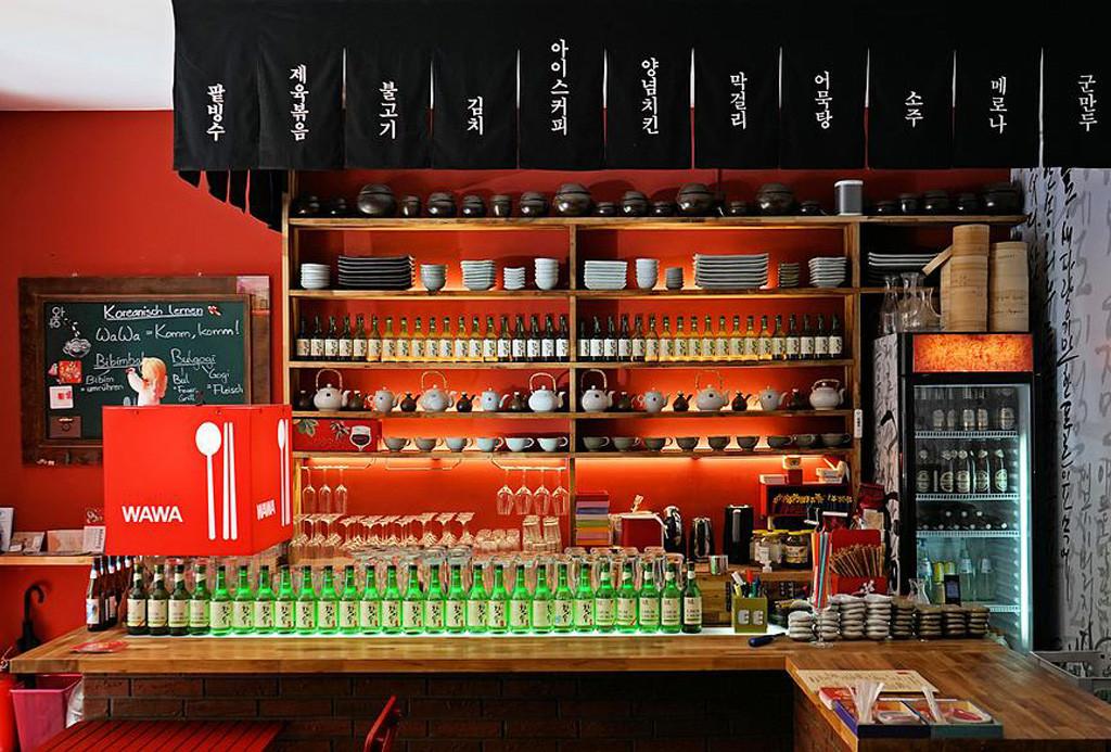 The bar at WaWa Berlin Korean Restaurant