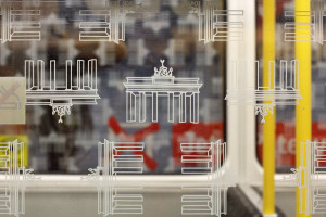 Berlin U-Bahn Windows – Wonky Brandenburg Gate Graphics