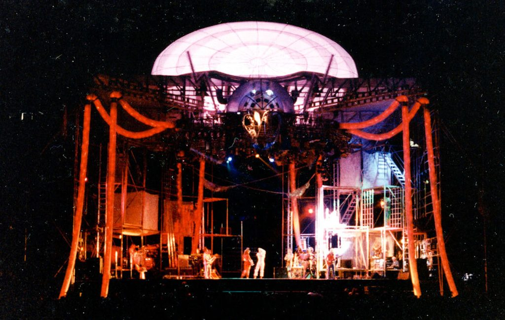 David Bowie GLASS SPIDER Stage