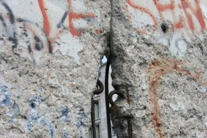 Berlin Wall Homeopathic Remedy (Murus Berlinensis)