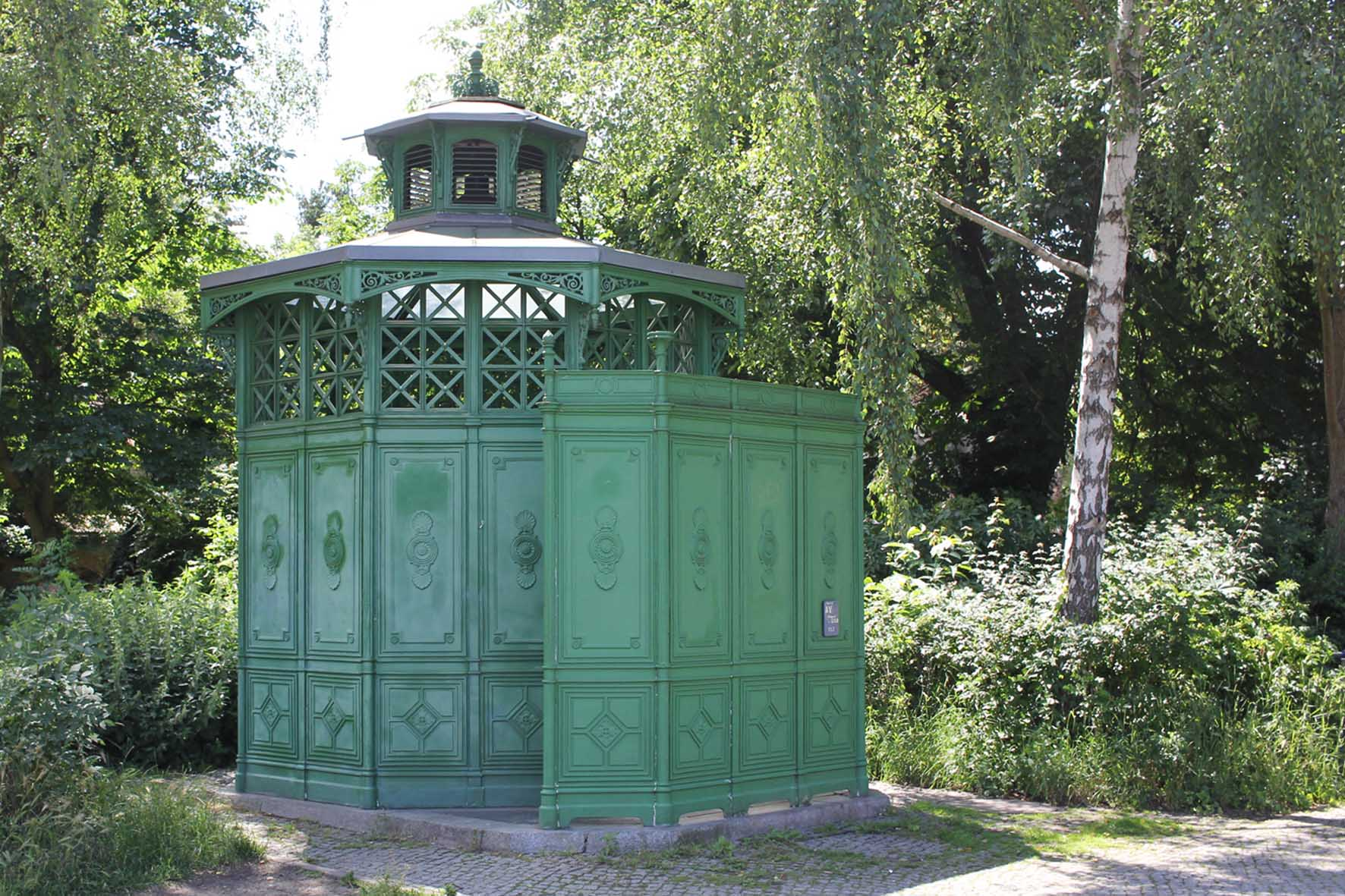 Café Achteck - Alt-Mariendorf - an example of Berlin's classic 19th century green cast iron public toilets