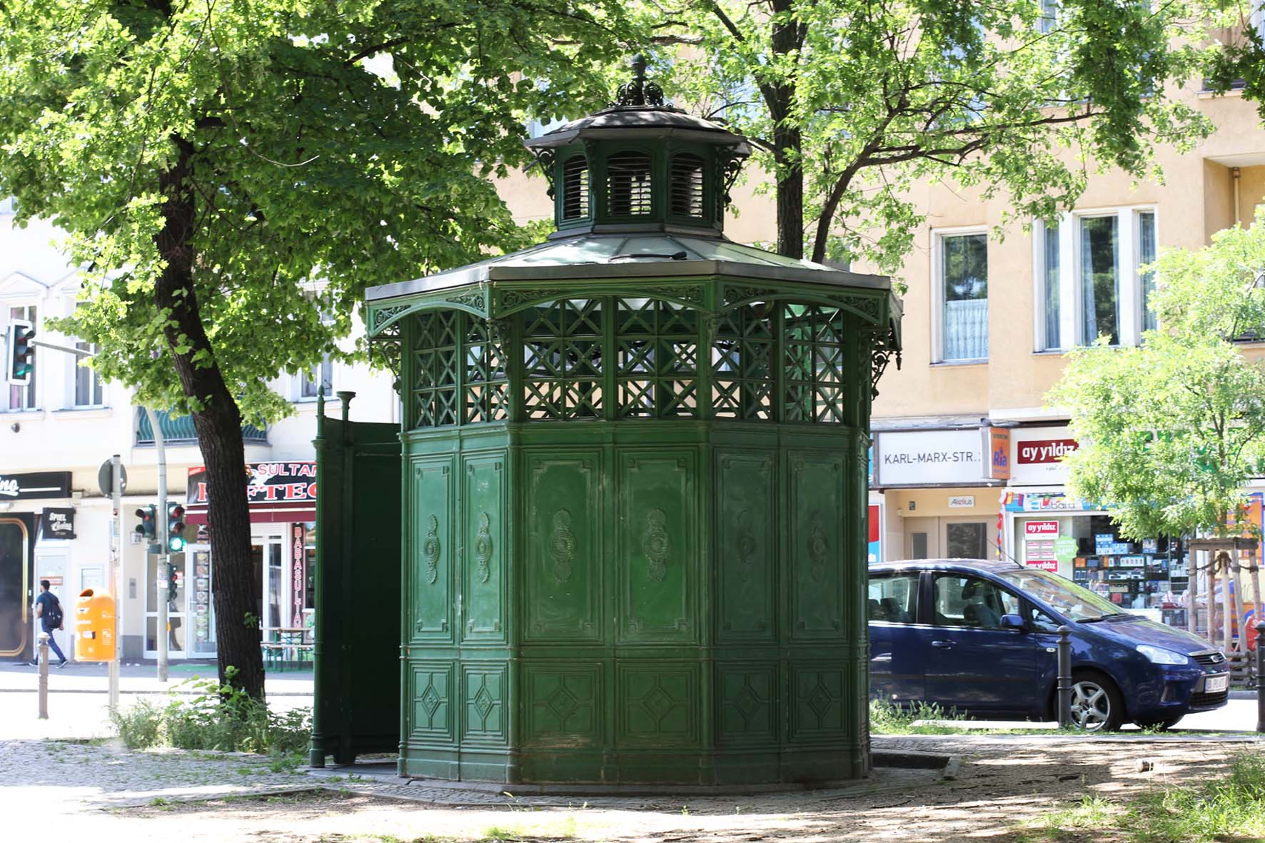 Café Achteck - Karl-Marx-Strasse - an example of Berlin's classic 19th century green cast iron public toilets