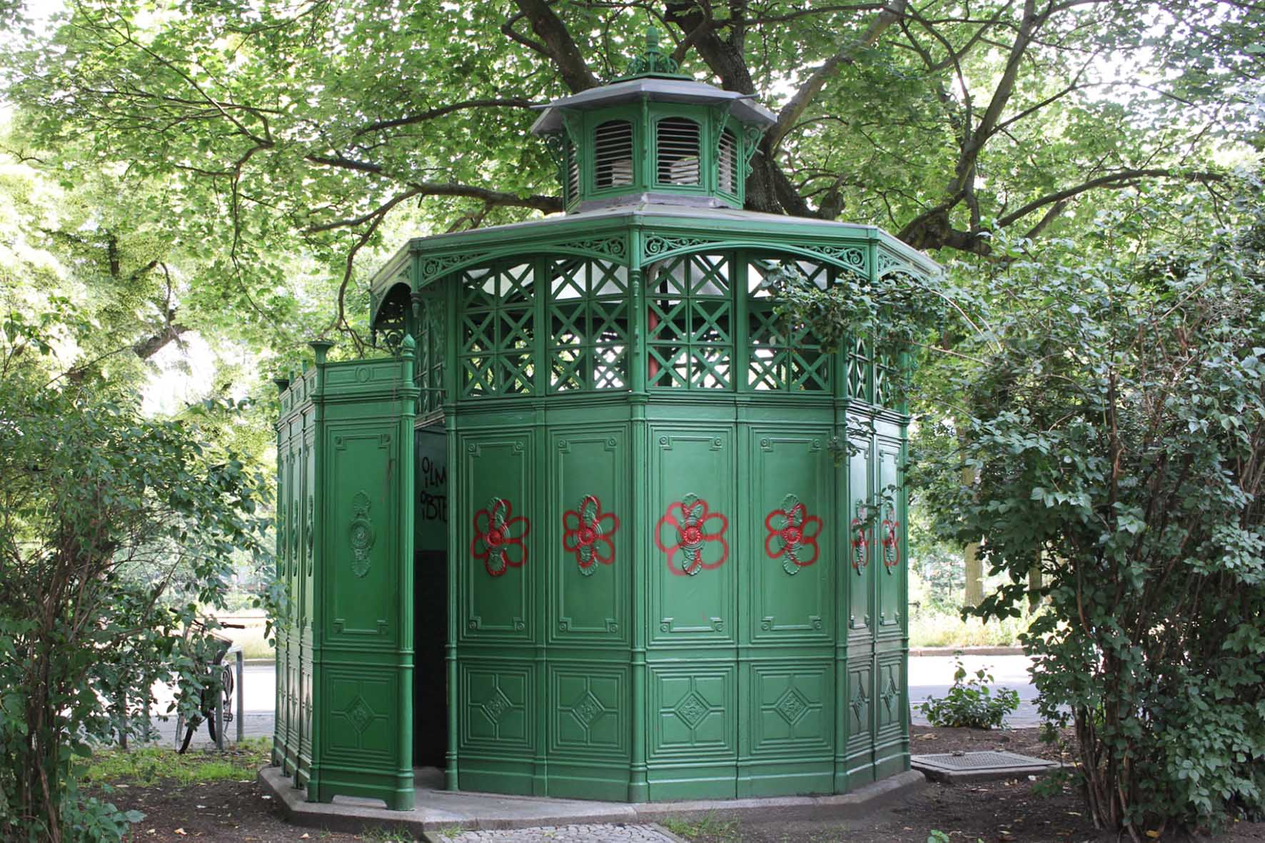 Café Achteck - Pekinger Platz - an example of Berlin's classic 19th century green cast iron public toilets