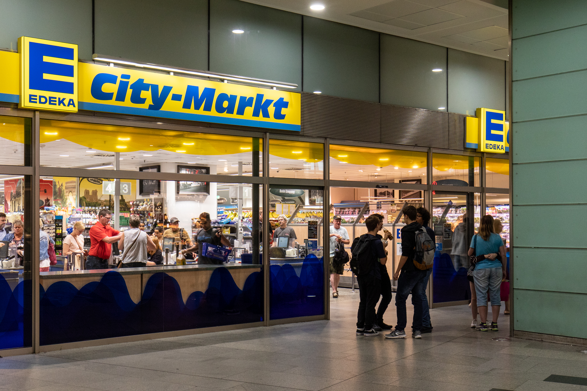 Edeka Friedrichstrasse - Supermarkets open Sundays in Berlin