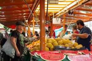 Der Türkische Markt am Maybachufer – Alltägliche Grundlagen bis völlig bizarr auf diesem Berliner Basar